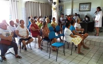 Aula de culinária para Portadores de Diabetes com a Nutricionista