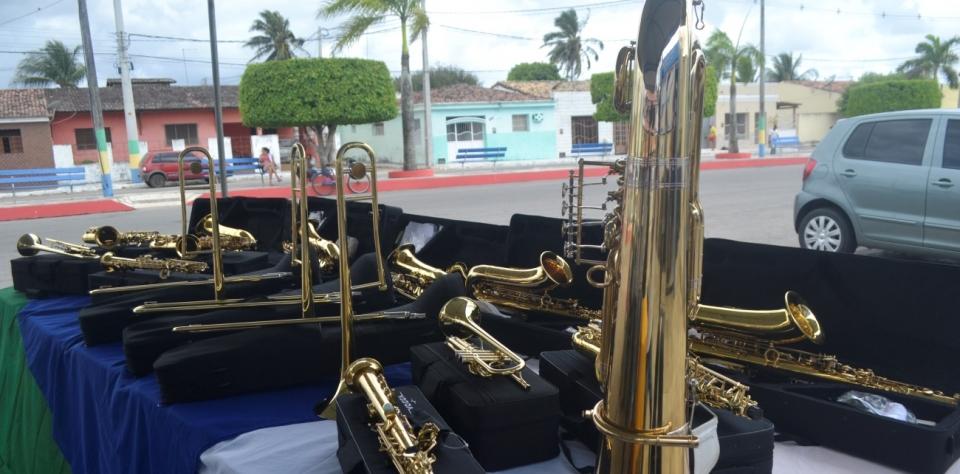Aquisição de instrumentos musicais para a Banda Municipal José Arlindo da Silva.