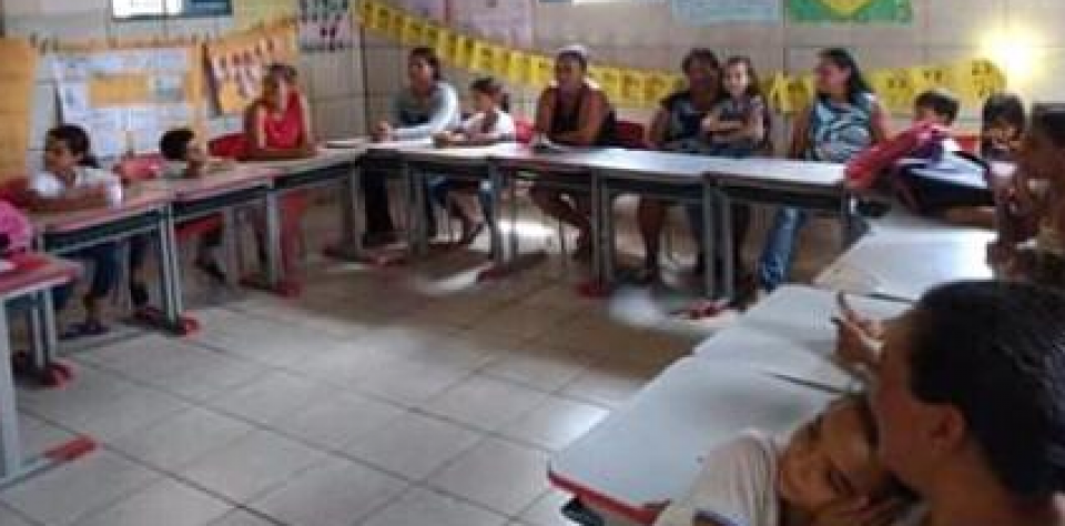 Escola Municipal Joana Nogueira da Rocha promoveu mais um Momento Família e Escola.