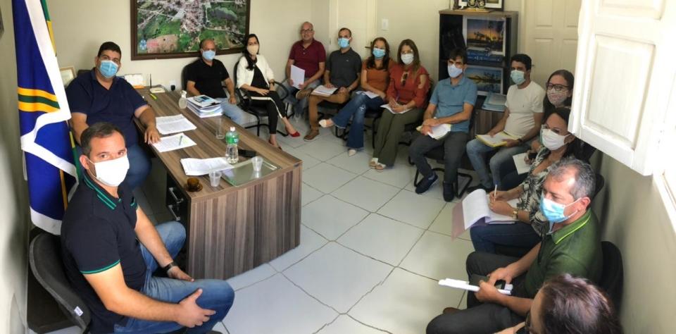 Primeira reunião com equipe de transição
